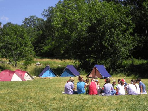 Com reservar un terreny d'acampada i no morir en l'intent!